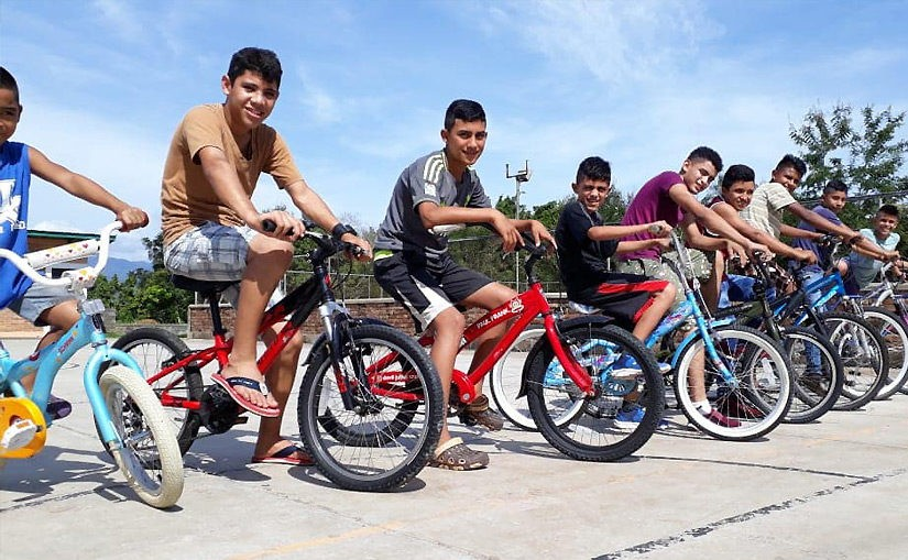 Gesponserte Bikes erreichen ihr Ziel