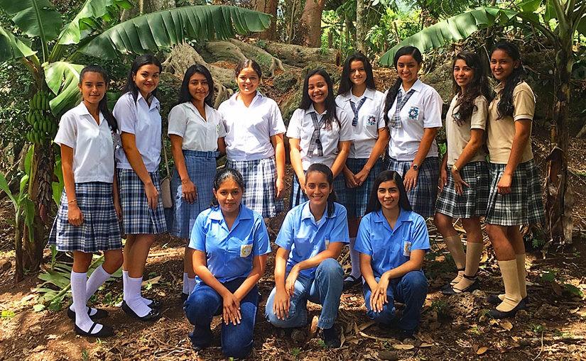46 super motivierte Mädchen im Stipendienprogramm